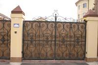 Рис.20 Въездные ворота